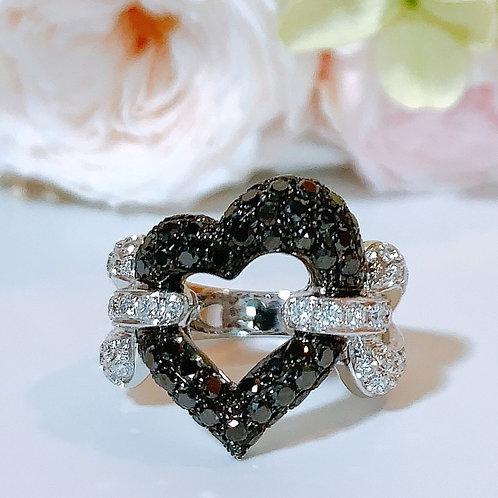 18金WG チェーンハートリング ブラック&ホワイト ダイヤモンド