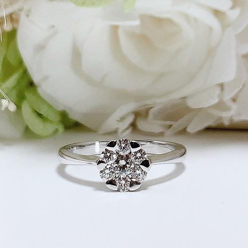 18金WG お花リング ダイヤモンド