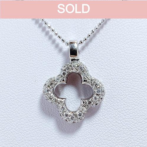 18金WG クローバーフラワー ダイヤモンド ペンダント