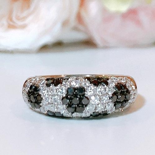 18金WG パヴェフラワーリング ブラック&ホワイトダイヤモンド