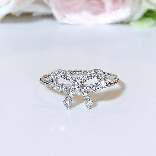 【プチ】18金WG リボンリング ダイヤモンド