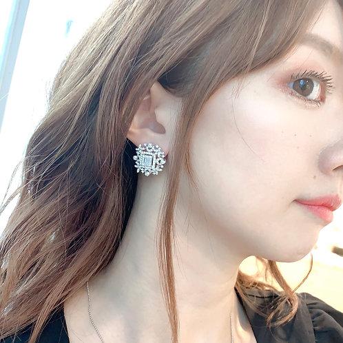 【現品限り】18金WG ダイヤモンド ゴージャスレース ピアス