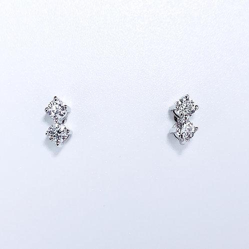 18金WG ドット ダイヤモンド ピアス 4粒-0.28カラット