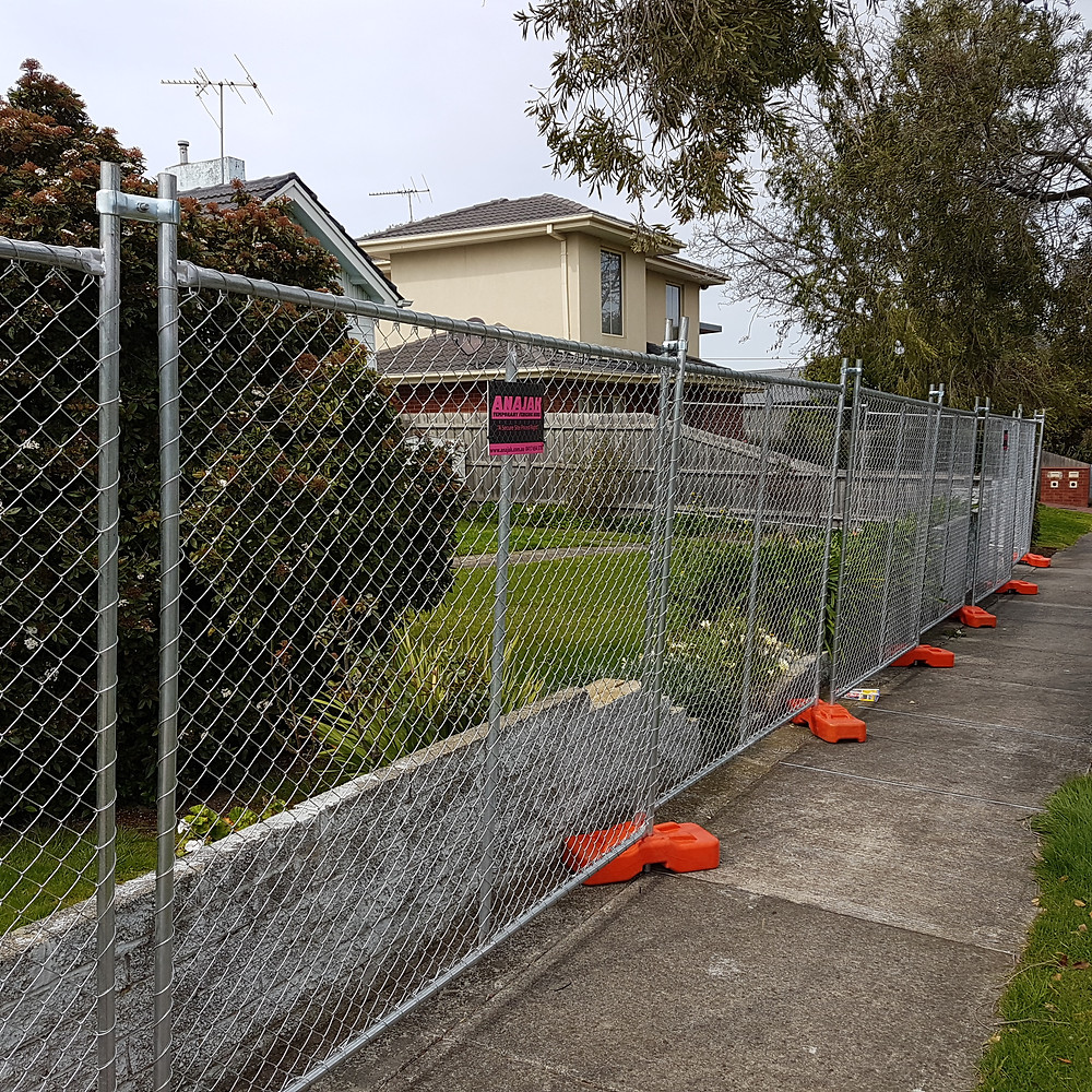 Melbourne Temporary Fencing Hire Installed by ANAJAK