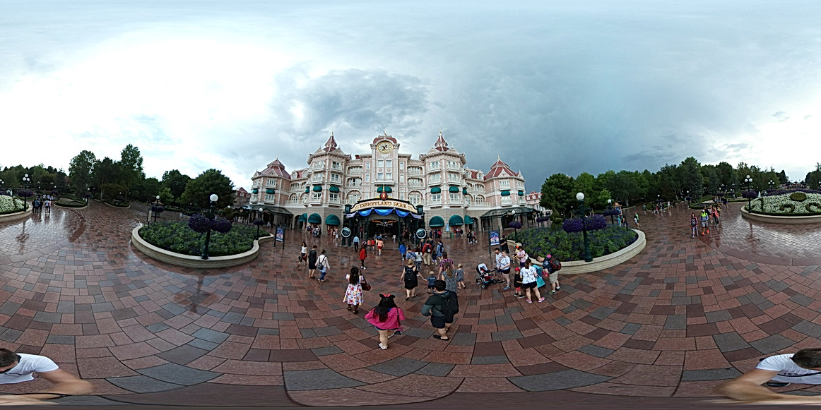 Disneyland Paris Entrance 360
