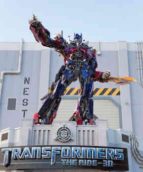 16_Optimus Prime at Universal Orlando Re