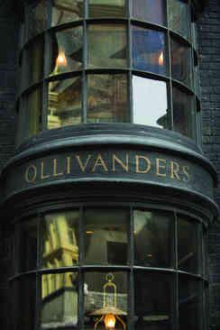 13_Ollivanders.jpg