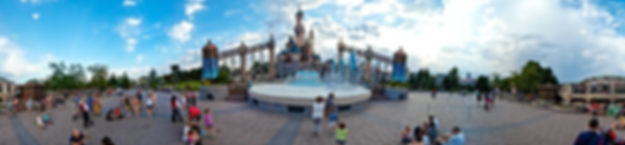 Disneyland Paris Sleeping beauty castle 360