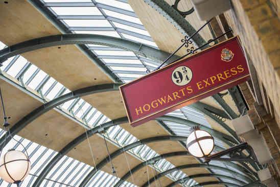 11_Hogwarts Express.jpg