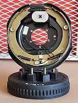 6 lug brake shoes_92 dpi.jpg