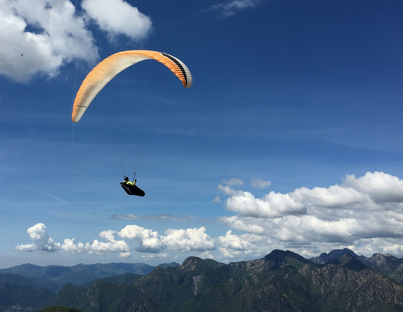 4-Ozium-2-Paragliding-Harness.jpg-nggid0