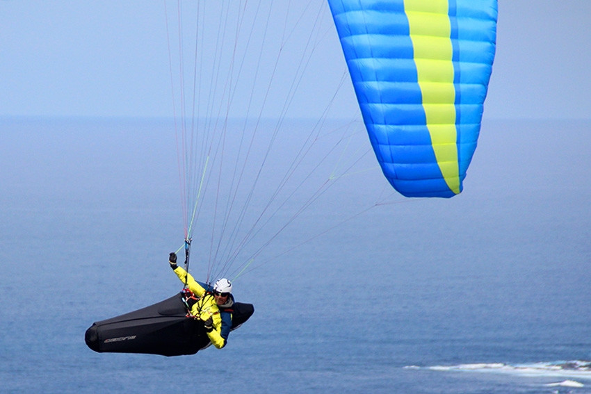 1-Ozium-2-Paragliding-Harness.jpg-nggid0
