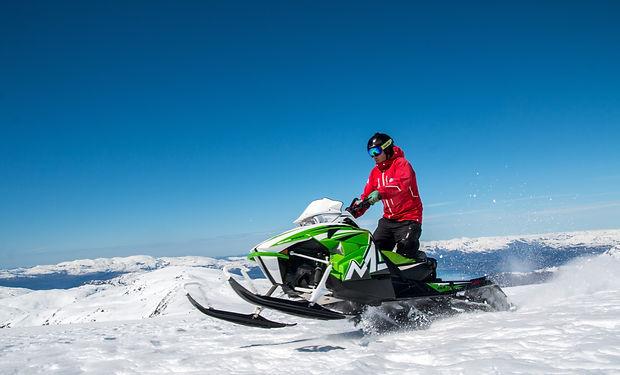 snowmobile-main.jpg