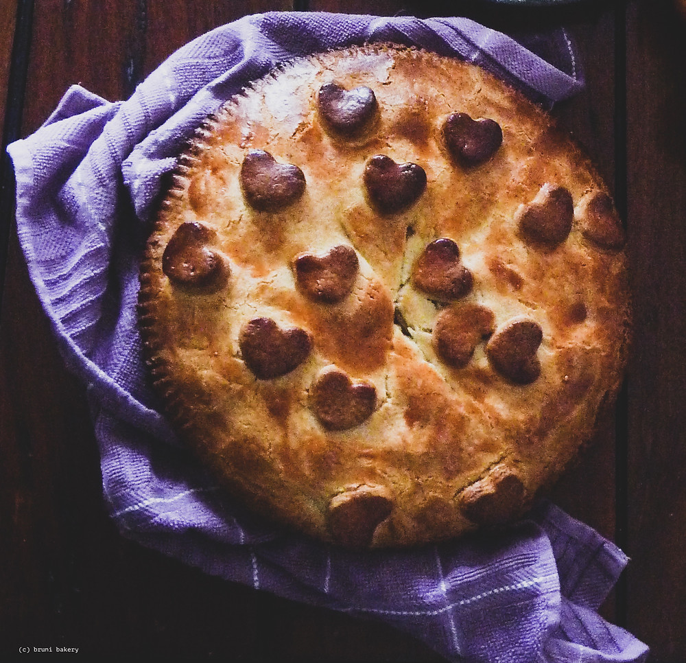 Apple Shortbread Pie