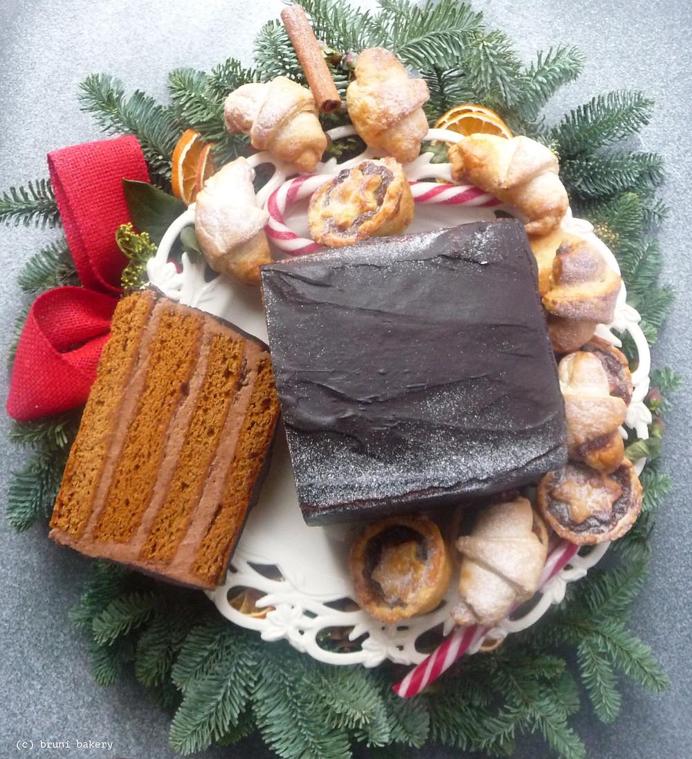 Maturing Gingerbread Cake