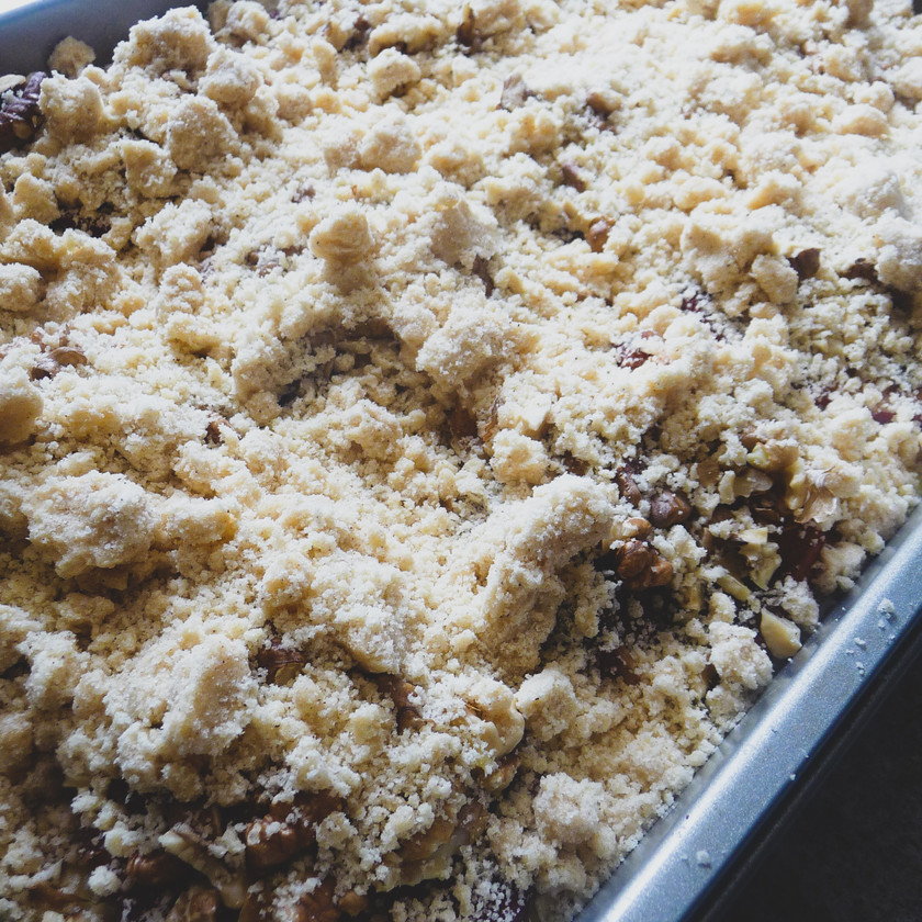 Buttery Peach Double Crumb Cake