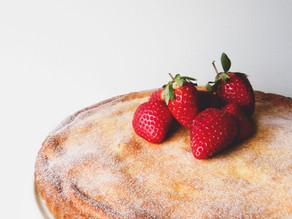 Kolach Cake (Cream Cheese Cake)