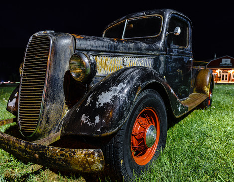 Pigeon Forge - Old Pickup