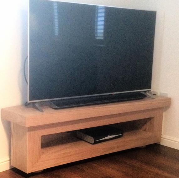 Oak TV Unit-Cambridge