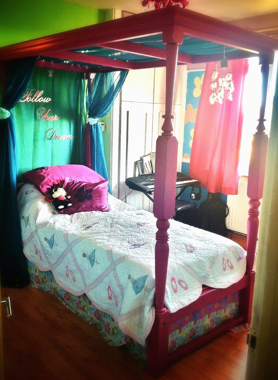 Bespoke Girls Four Poster Bed