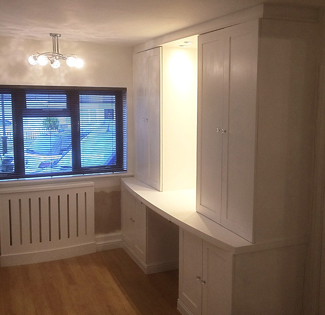 Fitted Wardrobes and Desk-Leigh On Sea