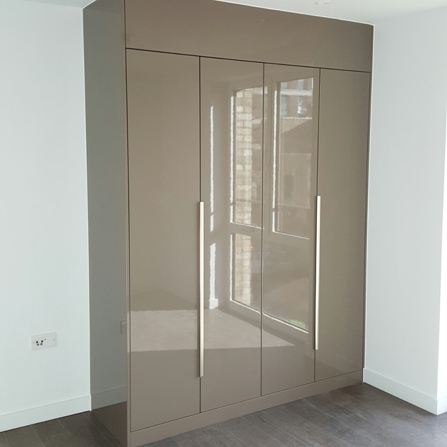 Wardrobe Manufaturing and Installation