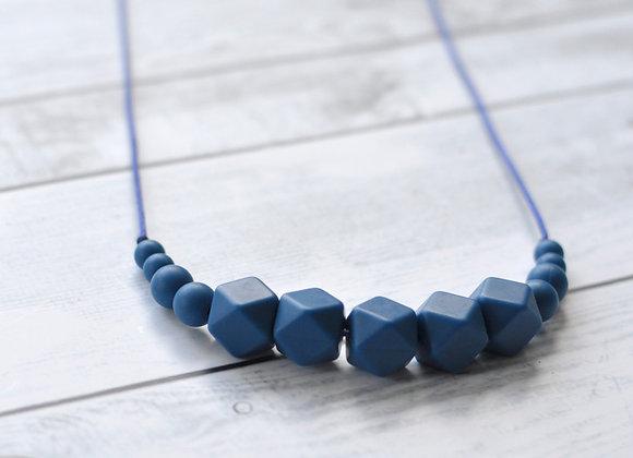 שרשרת הנקה קולקציית Back To Basics - כחול