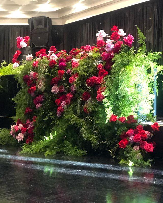 Bridal table installation #weddingfloral