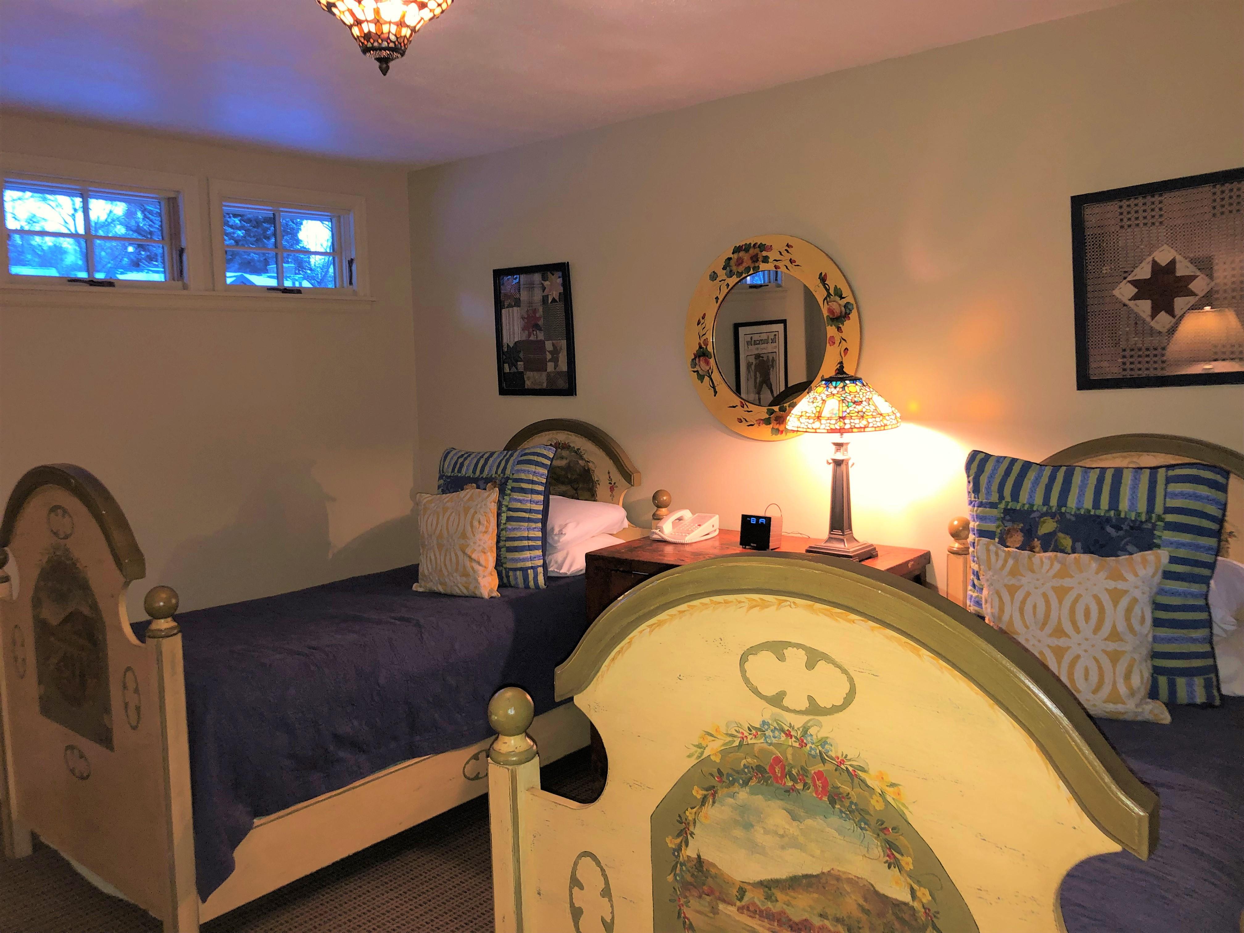 Standard Room: 2 Full Beds