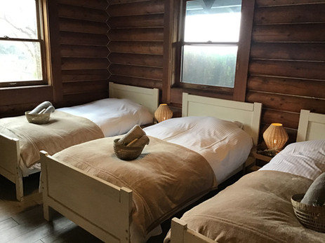コテージ 1階 寝室