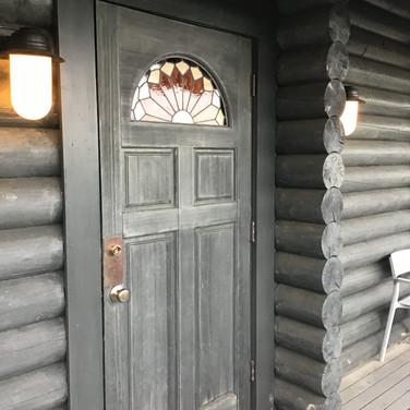 コテージ 玄関