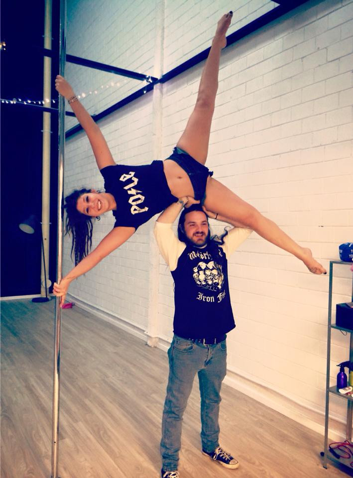 What is expected of a pole dancer's partner?