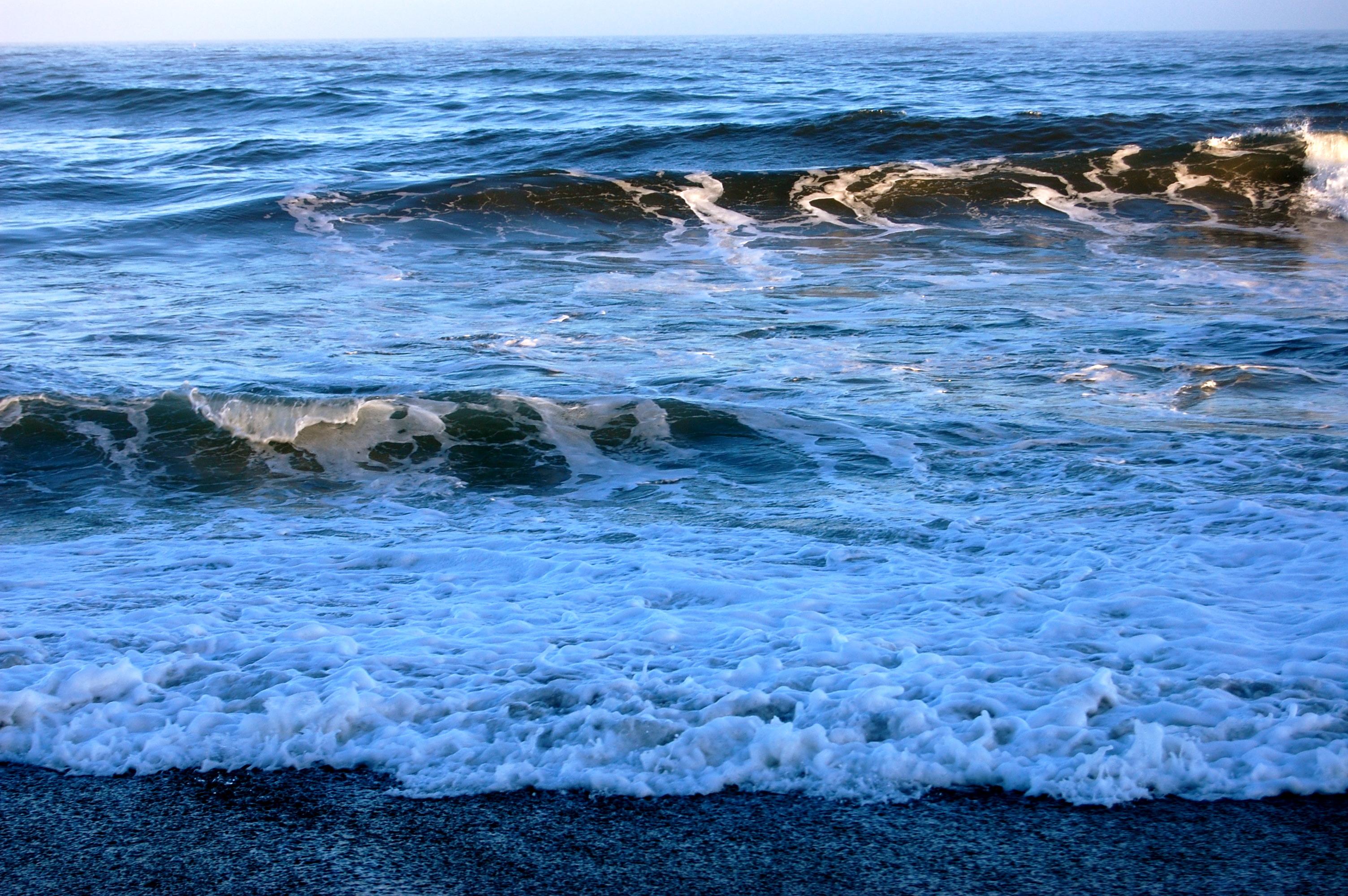 Sun Kissing the Ocean