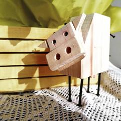 mucca di legno