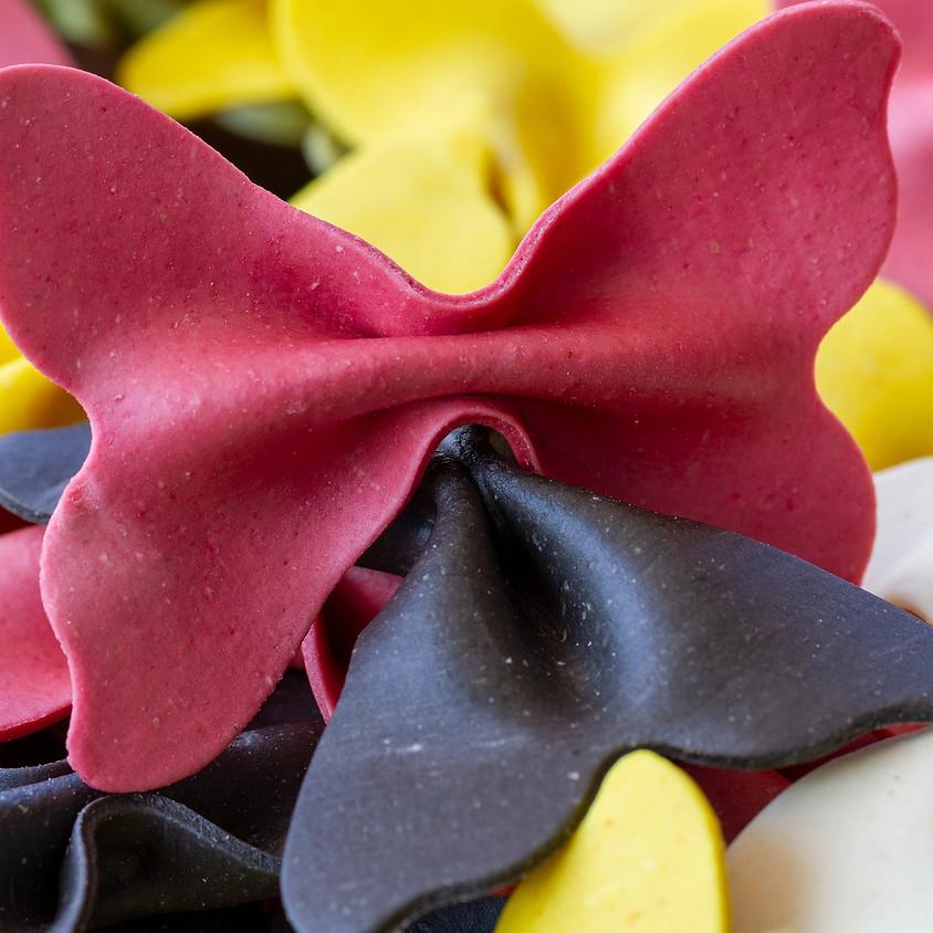 06/05 - Farfalle fatte in casa colorate (pasta)