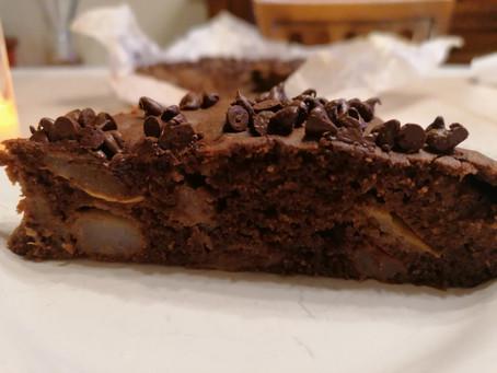 Torta di pere e cioccolato senza glutine, senza lattosio, senza zucchero