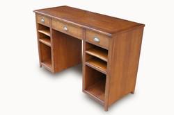 Fergusson-Desk
