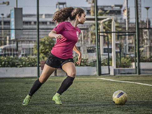 Girls-football-training-dubai.jpg