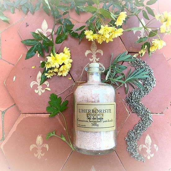 Soothing aromatic bath salt