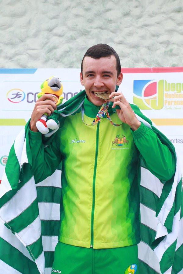Cristian Serrano, ciclista metense.