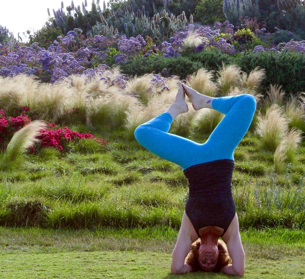 Sirsasana II Yoga Tripod Headstand