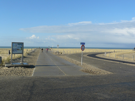 63 vanaf de post bij Struin neem je lde inkerweg terug naar het strand