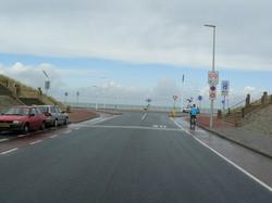 25 aan het eind van de Vissershavenweg de nieuwe rotonde en boulevard