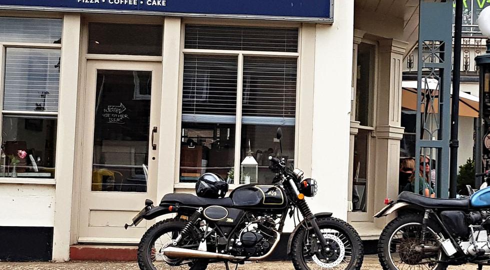 AJS Tempest Scrambler 125 outside cafe-1