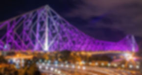 Howrah_bridge_betwixt_Lights.jpg