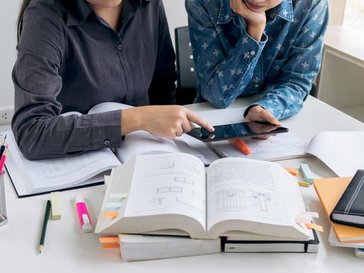 """美国高考SAT强推""""逆境分数"""":比惨还是励志?到底应该怎样推娃?"""