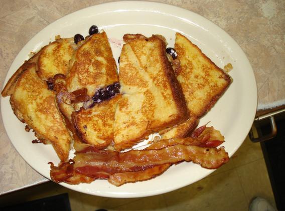 Breakfast BB stuffed French tst.JPG