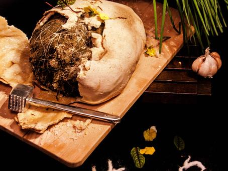 Fiascos en la cocina: pollo del mendigo (jiào huā jī, 叫化 鸡)