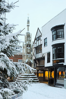 The Buttercross and Snow, Winchester