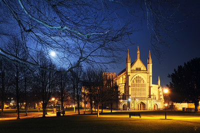 Full Moon, Winchester Cathedral